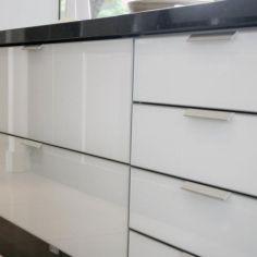 C - Puxadores para Cozinhas e Mobiliário